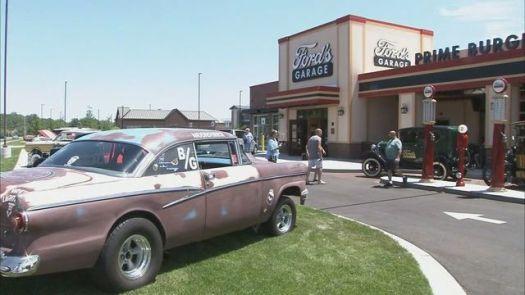 ford's garage_1499348189487_3703766_ver1.0_640_360